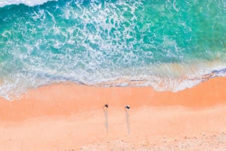 planning a beach wedding on a budget