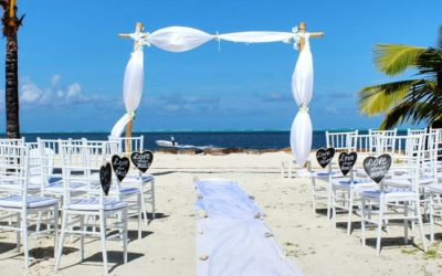 Best Ideas For Planning A Beach Wedding on a Budget