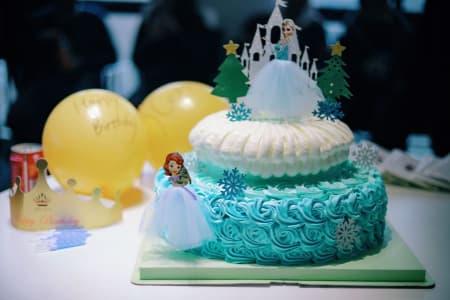 cheap frozen birthday party
